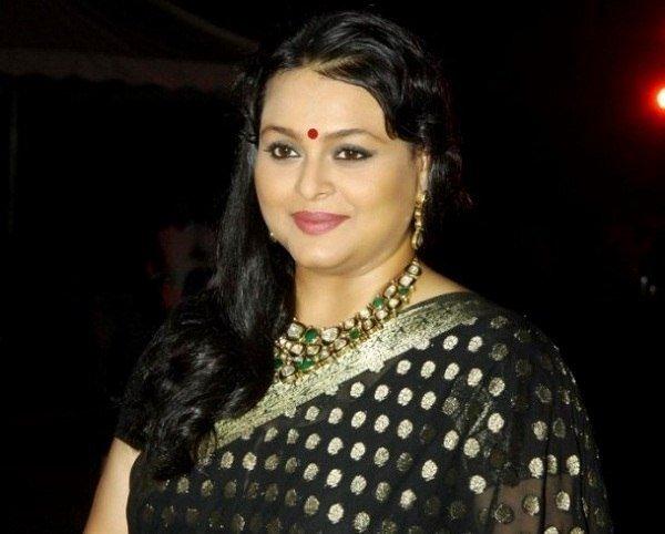 Shilpa Shirodkar Height, Weight, Age, Affairs, Wiki & Facts